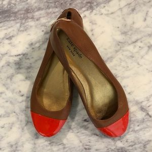 Kate Spade shoes/ Cognac, brown and gold flats